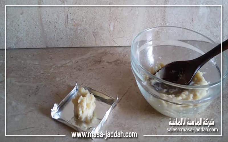 خلط البطاطس مع مادة بيكربونات الصوديوم